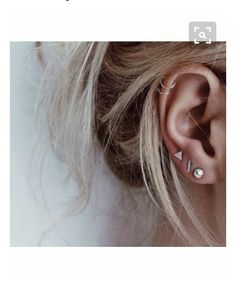 Trending Ear Piercing ideas for women. Ear Piercing Ideas and Piercing Unique Ear. Ear piercings can make you look totally different from the rest. Ear Peircings, Cute Ear Piercings, Ear Piercings Cartilage, Multiple Ear Piercings, Ear Piercing Spots, Piercings For Small Ears, Ear Piercing For Women, Unique Piercings, Ear Piercings