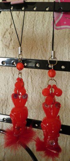 bijou de téléphone portable lapin rouge fourrure-strass diamant-perles facette-