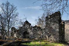 Carnbane Castle , Glen Lyon