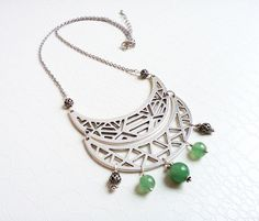 Green jade ethnic necklace  by MercysFancy on Etsy