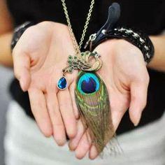 Collar con colgante Pluma de pavo real