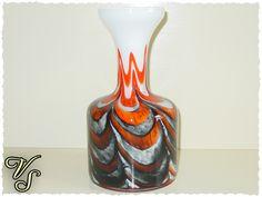 Farbenfrohe 60er Vase ~ Vintage Blumenvase von Vintageschippie auf DaWanda.com