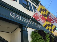 We love to sample new restaurants and pubs and, fortunately for us, there are plenty of great places to eat in Annapolis. Annapolis Maryland, Places To Eat, Fun, Hilarious