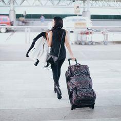 #travel #travelblogger #velvetsedge #travelbag #suitcase #cool