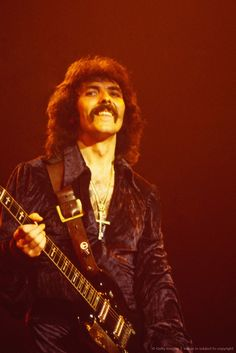 Tony Iommi-Black Sabbath........