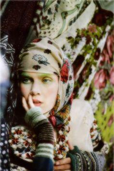 boho/gypsy look Boho Gypsy, Gypsy Style, Bohemian Style, Boho Chic, Gypsy Chic, Gypsy Life, Ethnic Fashion, Boho Fashion, Style Fashion