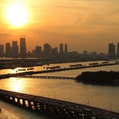 My client took this amazing Sunset shot from his North Bay Village Condo I help him to lease.  He absolutely loves this place! Definitely happy to help him find it!  #happyclient #miami #northbayvillage #harborview #miamisunset #miamisunsets #amazingview #miamicondos #miamirealestate #sunsets #sunset #sunsetviews