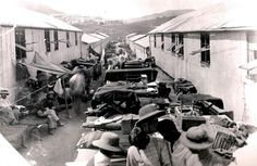 Boer POW's sunning their bedding in Diyatalawa Camp Ceylon to drive the Jerusalem ponies etc out. English Coins, War Novels, Armed Conflict, Inner World, Teaching History, Folk Music, African History, Military History, Warfare