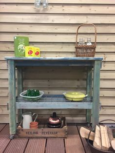 Trolley made from old wood Old Wood, Kitchen Cart, Home Decor, Kitchen Trolley, Interior Design, Home Interior Design, Home Decoration, Decoration Home, Interior Decorating