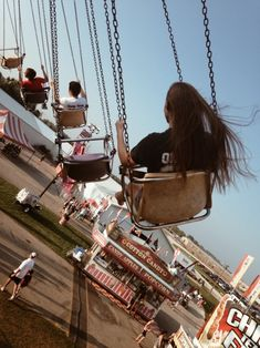 find a nearby carnival/fair and go on some rides and just EMBRACE LIFE Fair Pictures, Friend Pictures, Instagram And Snapchat, Photos Tumblr, Summer Aesthetic, Tumblr Photography, Friend Photos, Amusement Park, Aesthetic Pictures