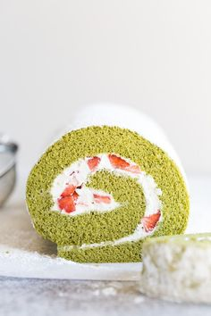 This ultra-light and fluffy strawberry matcha roll cake is an easy and elegant spring treat! Delicate sponge cake flavored with Japanese green tea powder and filled with fluffy whipped cream and fresh strawberries. The Cream, Cinnabon, Japanese Roll Cake, Cake Roll Recipes, Matcha Cake Roll Recipe, Green Tea Roll Cake Recipe, Matcha Sponge Cake Recipe, Matcha Dessert, Deserts