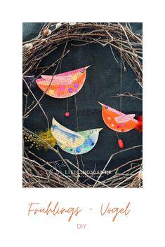 Einfache Frühlings-Papiervögelchen aus alten Buchseiten. Diy Paper, Rooster, Painting, Animals, School, Videos, Instagram, Pictures, Excited Dog