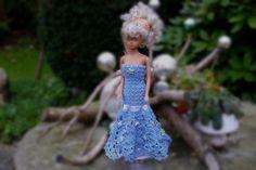 """Puppenkleidung - Kleid """"Meeres-Zauber"""" für Barbie - ein Designerstück von…"""