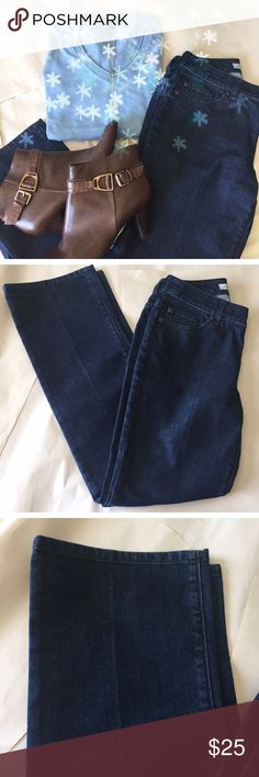 "Sale Today Only Chico's Platnium Denim jeans Size 00. 28"" inseam. No signs of wear Chico's Jeans"