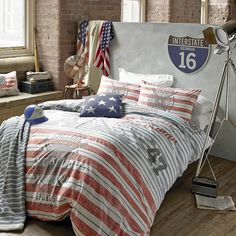 Varsity Bedding by American Freshman at Dotmaison