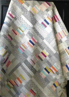 Mochi quilt and pattern by Natalie Barnes of Beyond the Reef patterns. Featured at Moda Fabrics blog.