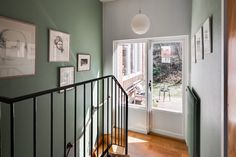 Mäklare Göteborg – Wettergren Fastighetsbyrå Swedish House, Scandinavian, Mid Century, Stairs, Home Decor, Stairway, Decoration Home, Staircases, Room Decor