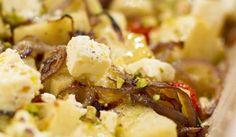 Soetpatat met rooswater/sweet potato with rosewater South African Recipes, Ethnic Recipes, Sweet Potato, Potato Salad, Macaroni And Cheese, Zucchini, Veggies, Potatoes, Vegetarian