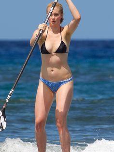 Ireland Baldwin Bikini Paddle Boarding For Your Teen Modeling Vacation Best Photos