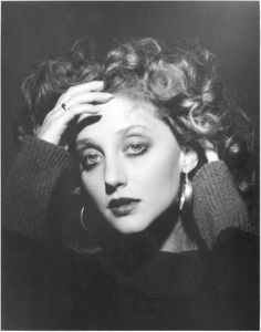 Hey remember when Carol Kane used to look like a Renoir painting?