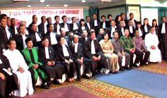 Sidang Terbuka Pelantikan dan Penyumpahan Advokat Indonesia PERADIN Angkatan Kelima pada 21 September 2013 bertempat di Hotel Sahid Surabaya.