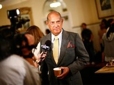 nice A Stamp of Honour for Oscar de la Renta