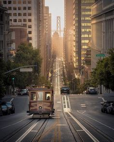 San Fransisco, United States 🇺🇸 captured by @mindz.eye . ==================================== 👉 Check out artist's page for more great content ==================================== 🌍 Share your amazing experience 📷 Tag your travel photos to #besttravelplans ==================================== #sanfransisco #usa #america #california
