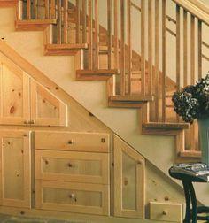 Ideen Stauraum unter der Treppe holz flur schubladen