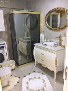 Every detail of this glamorous Izmir house is handled by perfectionist hosts. – Home Trends 2020 Bathroom Cabinets, Bathroom Furniture, Toilet Suites, Bathtub Mat, Cabin Bathrooms, Shower Cabin, Shower Cubicles, Decor Inspiration, Yellow Bathrooms