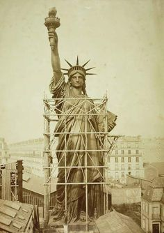 Construction of the Statue of Liberty, 1885.