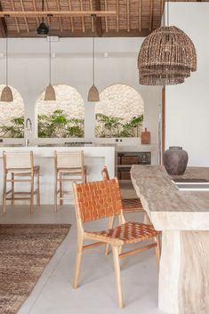 Earthy Home Decor, Trendy Home Decor, Bali Style Home, Woven Dining Chairs, White Dining Chairs, Outdoor Dining, Bali Decor, Bali House, Interior Exterior