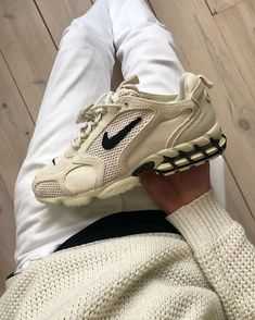 Nike Air Shoes, Sneakers Nike, Nike Socks, Fossil, Most Comfortable Sneakers, Swag Shoes, Kd Shoes, Aesthetic Shoes, Fresh Shoes