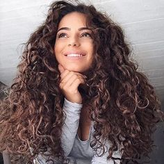 Ponle a tu PELO una SONRISA...  --   Más info en la Bio de www.naishair.com  #jamaslastoconadie #meduranmuuuchomas #quierolasmejores #mesientocomoda #nadielasvepuestas #lasreutilizosiquiero #sonunclasico #aguantanconfuerza #melaspongoamimanera #nomecomplico #looktemporal #quitaypon ##extensiones #extensionesdecabello #porqueyolovalgo #naishair #hairextensions #wefthairextensions #tapehairextensions #extensionesdecabellonatural