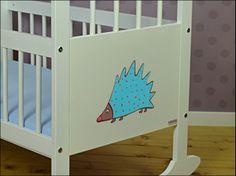 cradle with hedgehog.  Lululaj