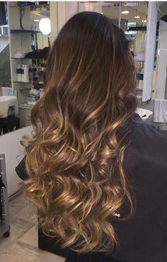 Hair blonde honey balayage long 41 Ideas - All For Hair Cutes Honey Balayage, Brown Hair Balayage, Hair Color Balayage, Hair Highlights, Blonde Honey, Caramel Highlights, Color Highlights, Chunky Highlights, Bayalage