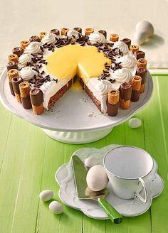 Traumhafte Eierlikör - Sahne Torte, ein leckeres Rezept aus der Kategorie Torten. Bewertungen: 84. Durchschnitt: Ø 4,6.
