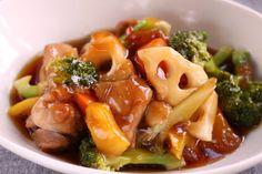 鶏肉と野菜の甘酢あんかけの作り方と800人ありがとうございます! | みんなで食べよ!~おうちごはん Home Recipes, Asian Recipes, Ethnic Recipes, Japanese House, Japanese Food, Junk Food, Macaroni And Cheese, Food And Drink, Meat
