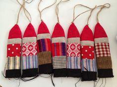 Hanne Rimmen: Jeg har åbnet en nissefabrik Christmas Crafts, Christmas Decorations, Xmas, Christmas Ornaments, Holiday Decor, Christmas Ideas, Dolls, Barn, Home Decor