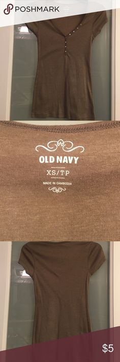 Old Navy Classic Brown V Neck Tee with Buttons This v neck brown soft tee from Old Navy is accented with small buttons that are all in tact Old Navy Tops Tees - Short Sleeve