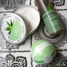 New arrivals! Welcome to the LeSoie family! 💚😍 #newarrival #aloevera #bathbomb
