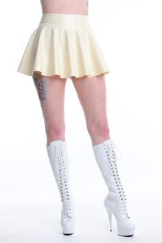 Latex Rubber Circle Skating Skirt TV UNISEX SEXY WHITE   SIZE: S M L XL https://rover.ebay.com/rover/1/710-53481-19255-0/1?icep_id=114&ipn=icep&toolid=20004&campid=5338204004&mpre=https%3A%2F%2Fwww.ebay.co.uk%2Fitm%2F173338144439