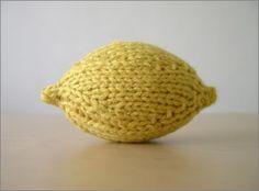 knit lemon  http://pcakeknits.blogspot.com/2007/01/lemonlime.html