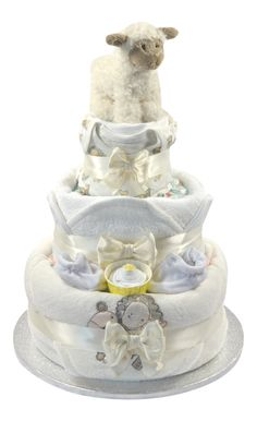 Baby shower gifts unisex nappy cake 29 super ideas – Cute and Trend Towel Models Baby Shower Nappy Cake, Baby Nappy Cakes, Baby Shower Diapers, Baby Shower Favors, Baby Shower Gifts, Cake Baby, Diaper Cakes, Baby Bouquet, Unisex Baby Shower