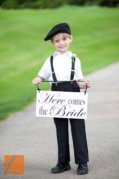 How adorable is this??? Totally having Aidan do this at our wedding!