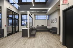 Medical Office Design, Office Interior Design, Hospital Reception, Waiting Room Design, Office Waiting Rooms, New Hospital, Hospital Design, Vet Clinics, Clinic Design