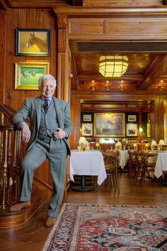 A Ralph Lauren Restaurant, the Polo Bar, Comes to New York - The New York Times Polo Ralph Lauren, Ralph Lauren Style, Equestrian Decor, Equestrian Style, Prinz Charles, A New York Minute, Le Polo, Chicago Restaurants, Portobello