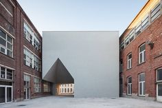 Gallery of Architecture Faculty in Tournai / Aires Mateus - 1 Architecture Renovation, Modern Architecture Design, Minimalist Architecture, Facade Architecture, School Architecture, Modern Buildings, University Architecture, Historic Architecture, Building Exterior