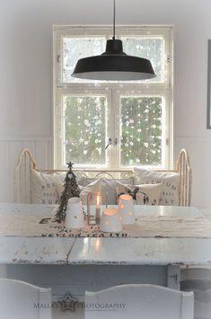 lamppu,kattovalaisin,romanttinen,pöytä,ruokapöytä