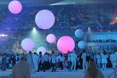 Inflatable LED ball, which can be played in crowd, very funny