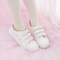 Mori Indie  Pink Shoes First Love Pink Fawn Sneaker always wearable, forever pairable; comfy and charm, effortlessly yet attractive.Absolutely gorgeous stylish cool, and fashionable.Mori style,full of young vitality and glamour.
